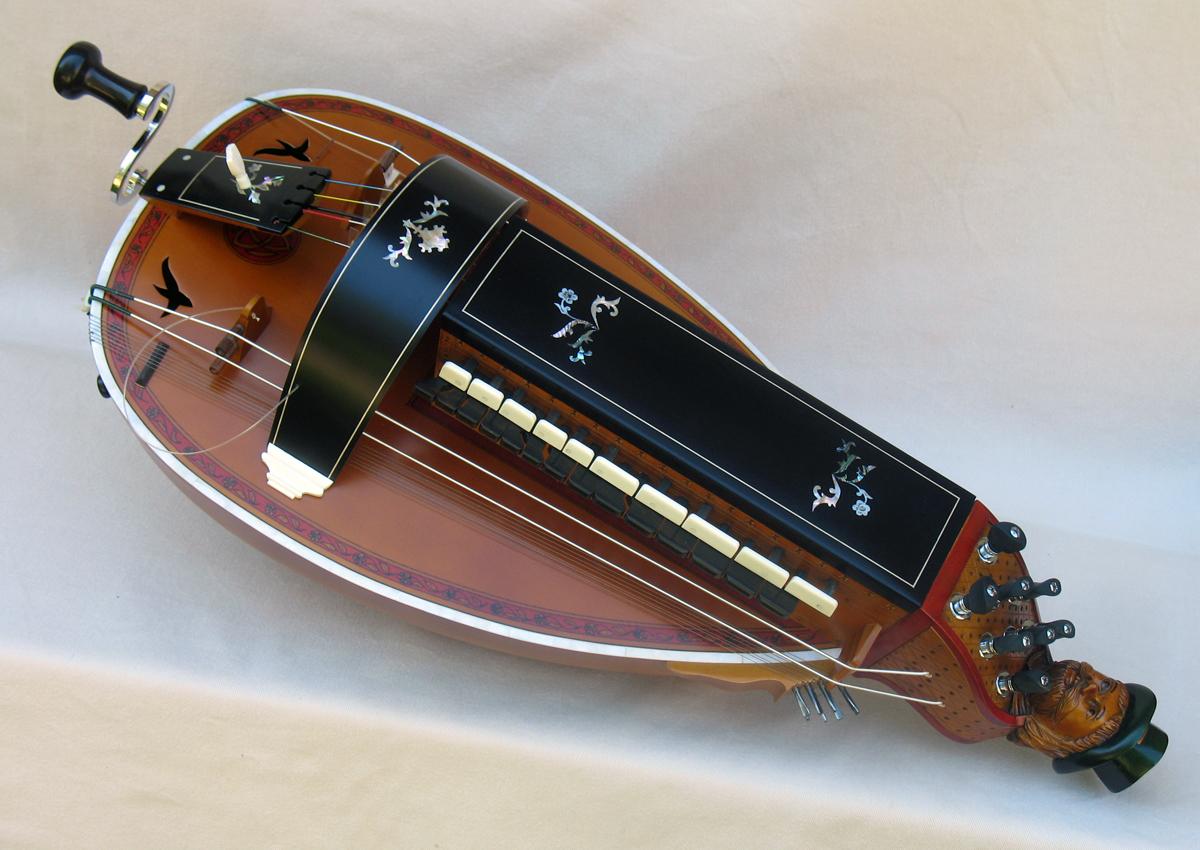 Vielle traditionnelle VT-018