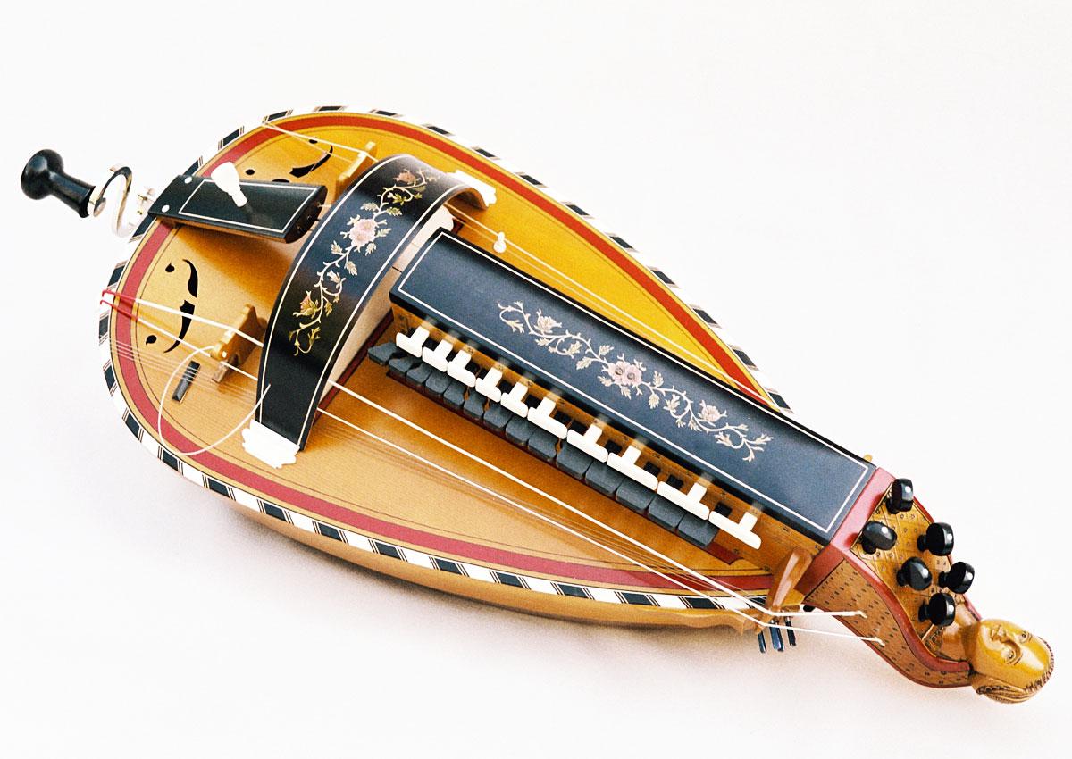 Vielle traditionnelle VT-003