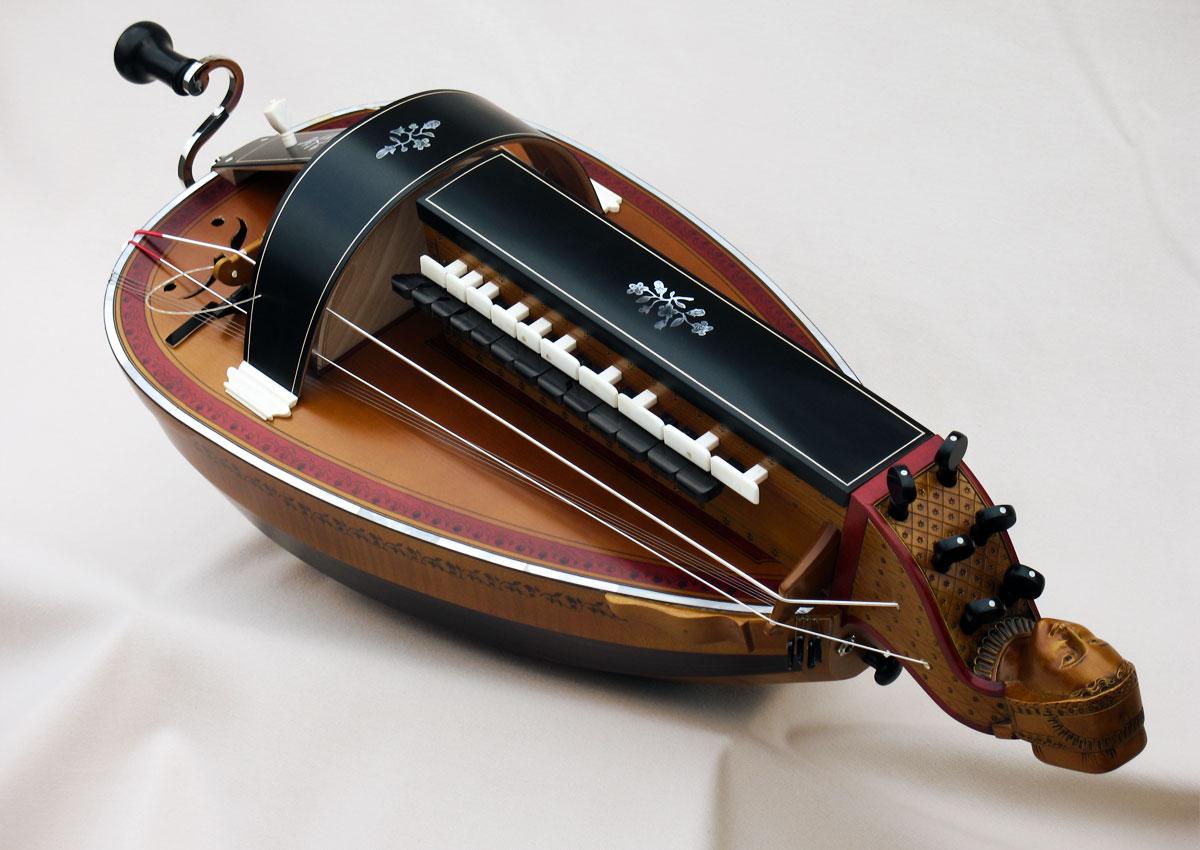 Vielle traditionnelle VT-011