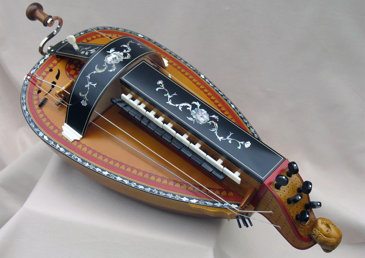 Vielle traditionnelle VT-013