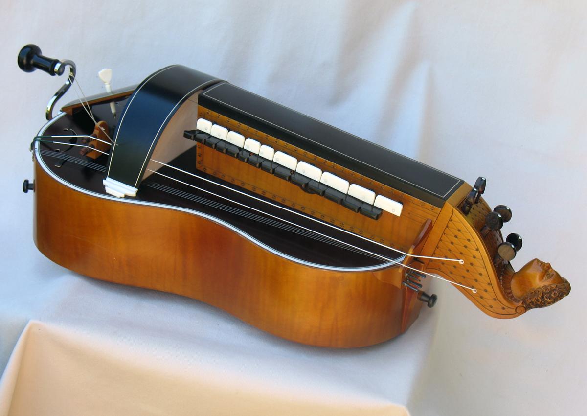 Vielle traditionnelle VT-019