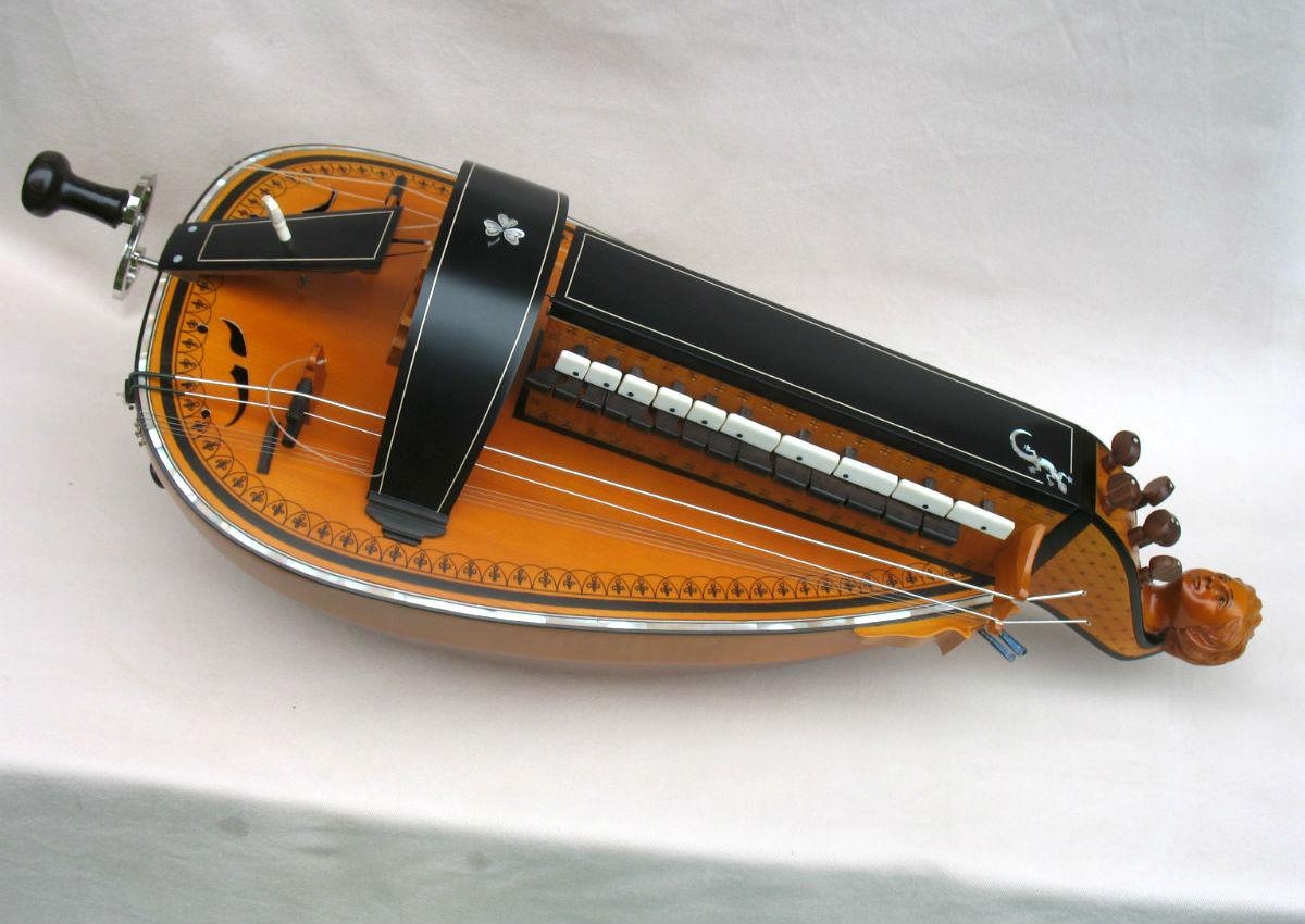 Vielle traditionnelle VT-022